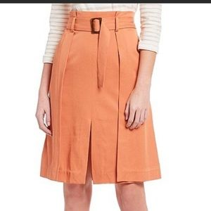 a loves a High Waisted Pleat Belted Skirt Size 4